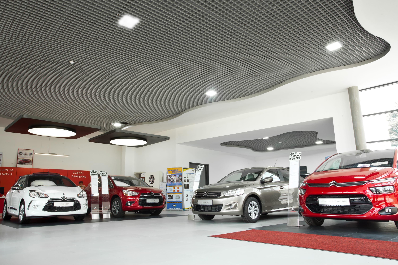 Modernizacja oświetlenia w salonie sprzedaży aut marki Citroen - Luxon LED